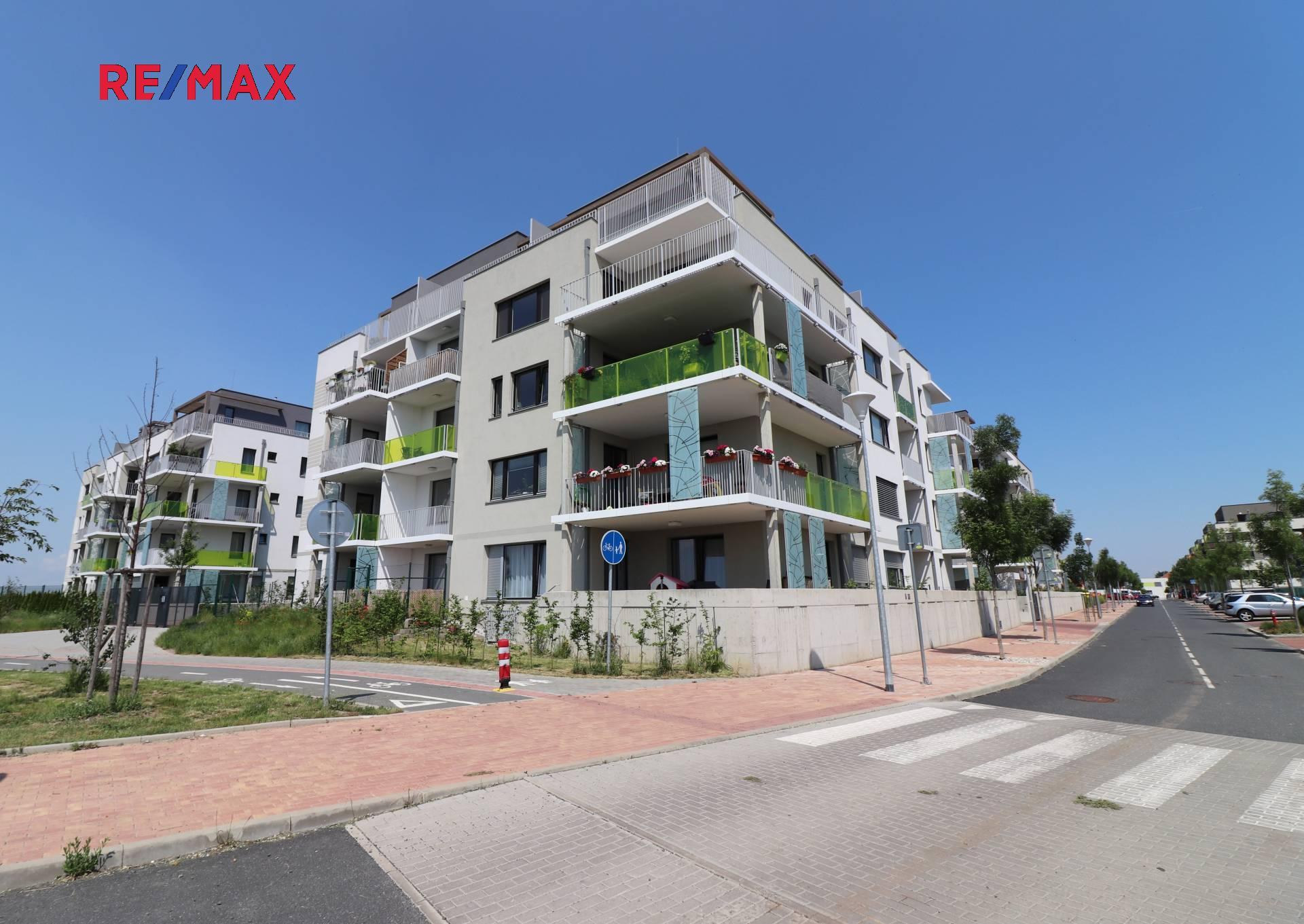 Pronájem bytu 1+kk v osobním vlastnictví 45 m², Praha 8 - Dolní Chabry