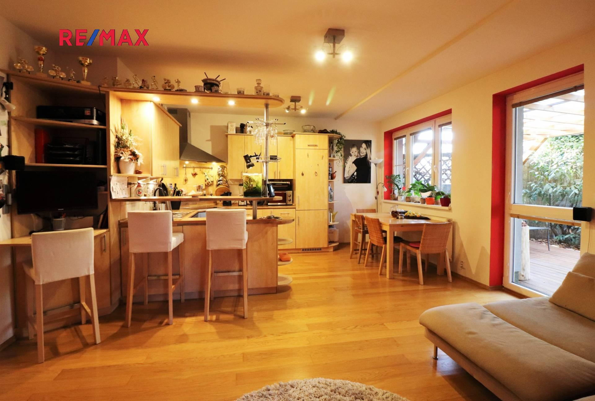 Prodej bytu 3+kk v osobním vlastnictví 63 m², Šestajovice