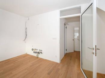 kuchyňský kout příprava - Prodej bytu 2+kk v osobním vlastnictví 70 m², Řevnice