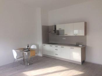 Pronájem bytu 1+kk v osobním vlastnictví 36 m², Praha 10 - Uhříněves