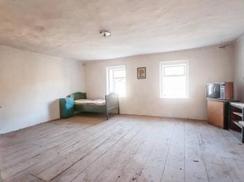 Pokoj v patře - Prodej domu v osobním vlastnictví 175 m², Řepín