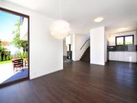 Pronájem domu v osobním vlastnictví 168 m², Ohrobec