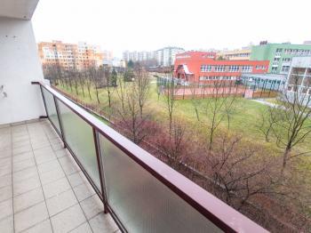 Lodžie - Pronájem bytu 4+1 v družstevním vlastnictví 105 m², Praha 9 - Černý Most