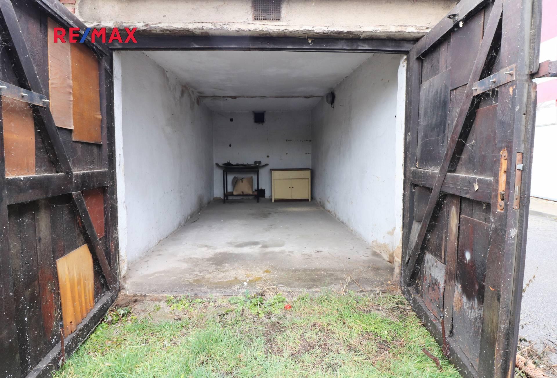 Prodej garáže 15 m², Praha 10 - Michle