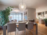 jídelna - Prodej domu v osobním vlastnictví 220 m², Praha 10 - Benice