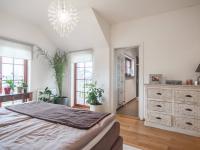 ložnice - Prodej domu v osobním vlastnictví 220 m², Praha 10 - Benice