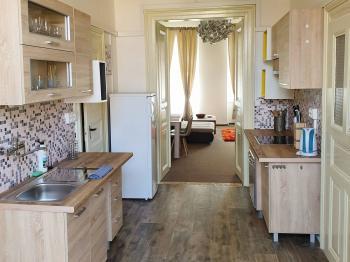 Prodej bytu 3+1 v družstevním vlastnictví, 95 m2, Praha 8 - Karlín