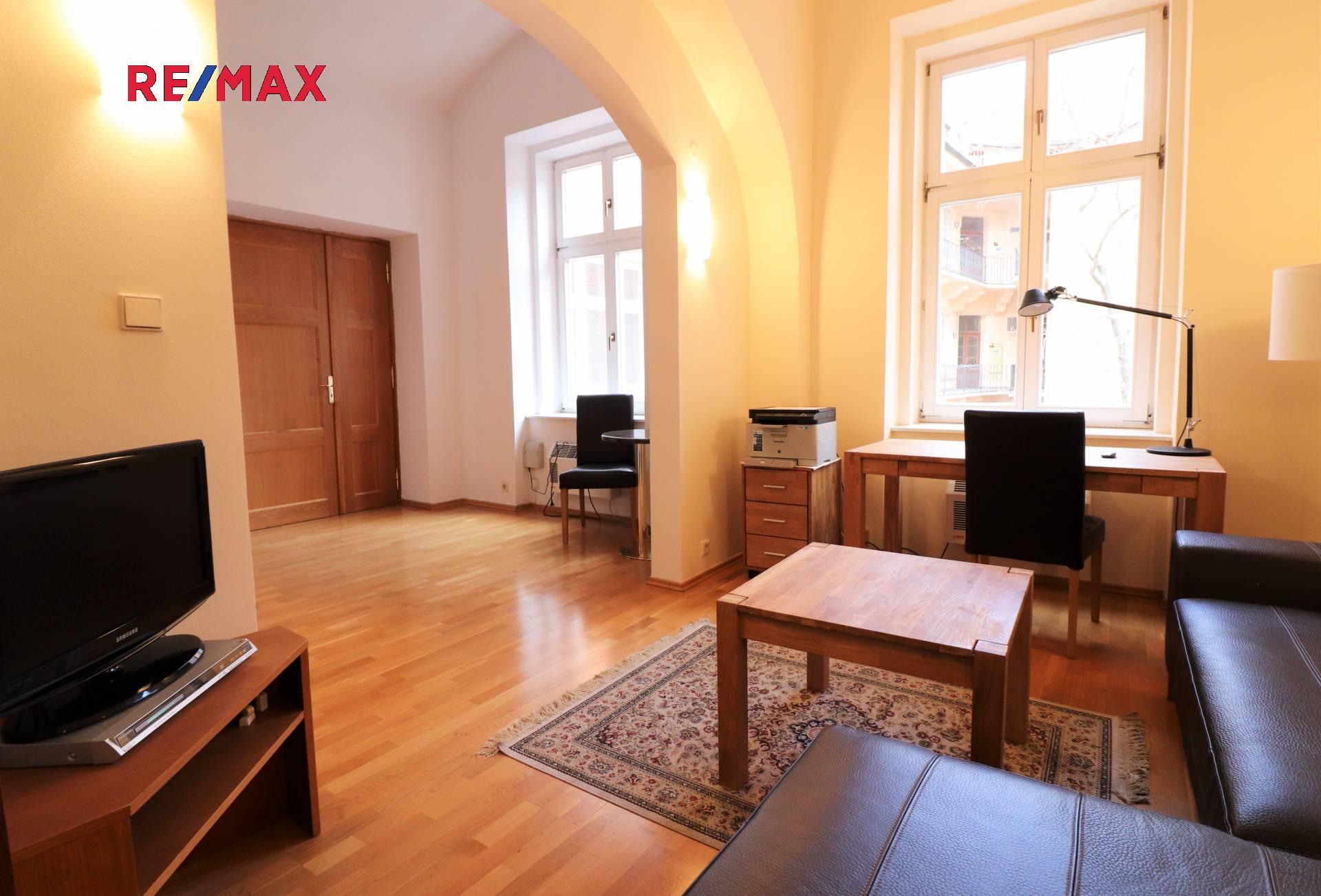 Prodej bytu 2+kk v družstevním vlastnictví 42 m², Praha 1 - Nové Město