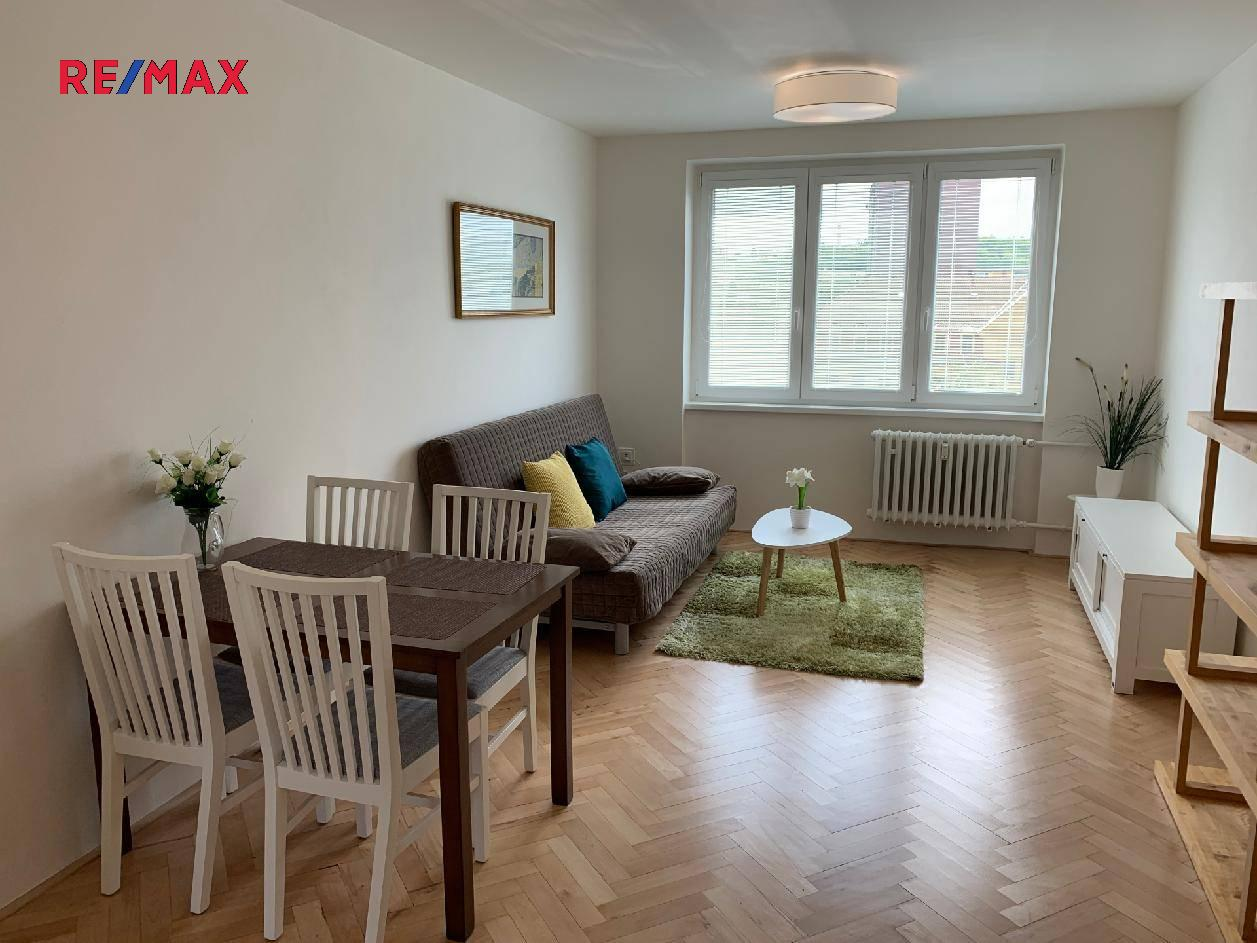 Pronájem bytu 2+1 v osobním vlastnictví 53 m², Praha 10 - Vršovice