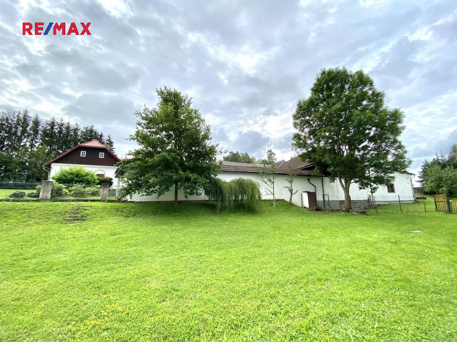 Prodej chaty / chalupy 800 m², Komorovice