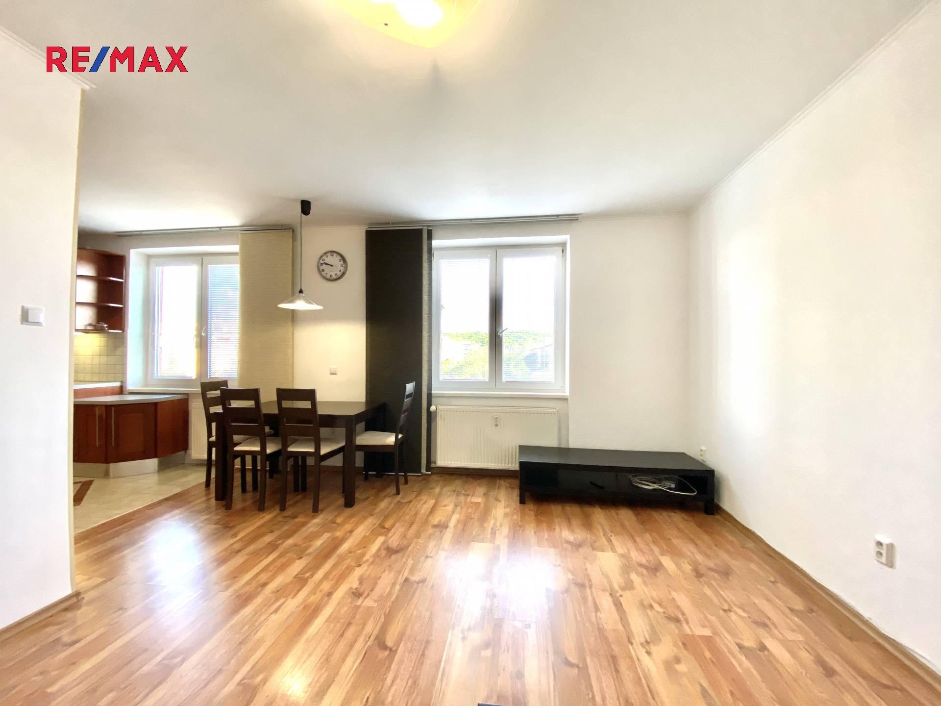Pronájem bytu 2+1 v osobním vlastnictví 52 m², Praha 9 - Hloubětín