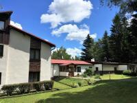 Prodej penzionu 1400 m², Tři Studně