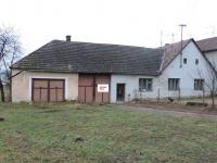garáž/průjezd/původní byt (Prodej domu v osobním vlastnictví 200 m², Ondřejov)