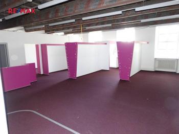 Pronájem obchodních prostor 206 m², Jihlava