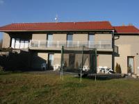 Pronájem domu v osobním vlastnictví 298 m², Kamenice