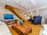 Pronájem bytu 4+1 v osobním vlastnictví 160 m², Praha 10 - Vršovice
