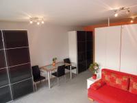 Prodej bytu 1+kk v osobním vlastnictví 33 m², Praha 10 - Uhříněves