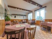 Jídelna (Prodej penzionu 1670 m², Lučany nad Nisou)