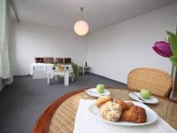 Pokoj (Prodej bytu 1+kk v osobním vlastnictví 35 m², Praha 5 - Stodůlky)