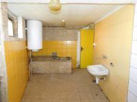 přízemí (Prodej domu v osobním vlastnictví 254 m², Zbraslavice)
