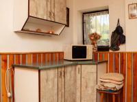 Síň - kuchyň (Prodej chaty / chalupy 82 m², Košťálov)