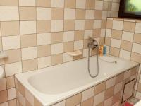Koupelna (Prodej chaty / chalupy 82 m², Košťálov)