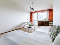 obývací pokoj (Prodej bytu 3+1 v osobním vlastnictví 75 m², Praha 9 - Prosek)