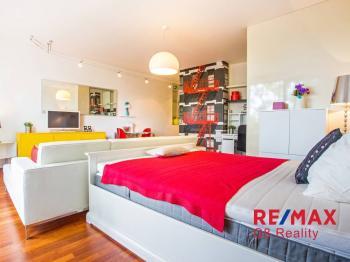 Prodej bytu 1+kk v osobním vlastnictví 58 m², Praha 10 - Hostivař
