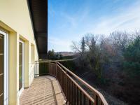 Balkon v 2. patře - Prodej domu v osobním vlastnictví 293 m², Praha 5 - Stodůlky