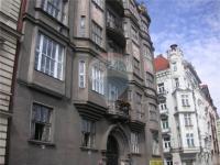 pohled na dům - Pronájem bytu 3+kk v osobním vlastnictví 105 m², Praha 5 - Smíchov