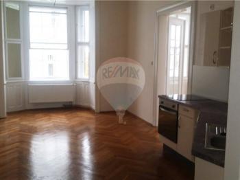 jídelna - Pronájem bytu 3+kk v osobním vlastnictví 105 m², Praha 5 - Smíchov