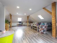 Prodej domu v osobním vlastnictví 201 m², Všetaty