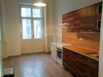 kuchyně - Pronájem bytu 2+1 v osobním vlastnictví 103 m², Praha 5 - Smíchov