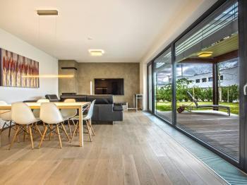 Prodej domu v osobním vlastnictví 158 m², Praha 10 - Horní Měcholupy