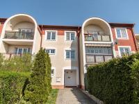 Vstup na zahradu přímo z chodníku - Prodej bytu 3+kk v osobním vlastnictví 71 m², Vestec
