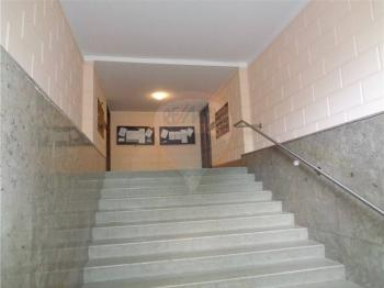 vstup do domu - Prodej bytu 3+1 v osobním vlastnictví 95 m², Praha 1 - Nové Město