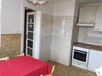kuchyně - Pronájem bytu 3+1 v osobním vlastnictví 63 m², Praha 10 - Strašnice