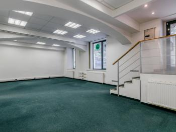 Pronájem kancelářských prostor 133 m², Praha 10 - Strašnice