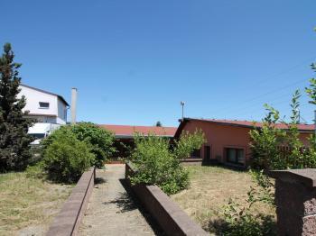 truhlárna - přístup - Prodej komerčního objektu 685 m², Náchod