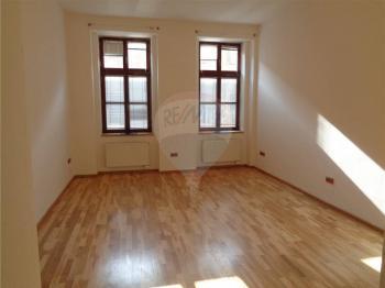 pokoj - Pronájem bytu 2+kk v osobním vlastnictví 48 m², Praha 7 - Holešovice