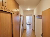 Předsíň - Prodej bytu 2+kk v osobním vlastnictví 63 m², Praha 9 - Újezd nad Lesy