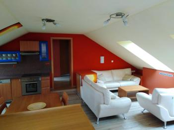Pronájem bytu 2+kk v osobním vlastnictví 47 m², Odolena Voda
