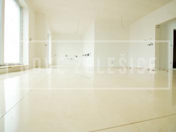 Finalizace velkoformátových dlažeb a obkladů - Prodej domu v osobním vlastnictví 214 m², Želešice