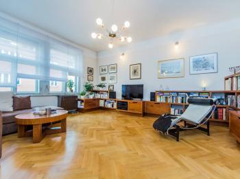 Prodej bytu 3+1 v osobním vlastnictví 87 m², Praha 6 - Dejvice
