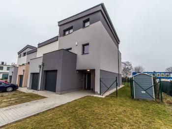 Vila, větší RD na prodej, Praha 9 (Horní Počernice)