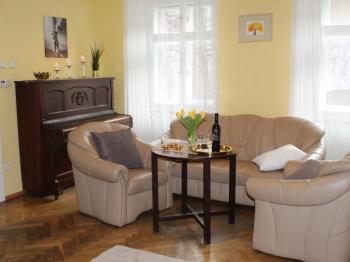 Pronájem bytu 3+kk v osobním vlastnictví, 54 m2, Praha 1 - Malá Strana