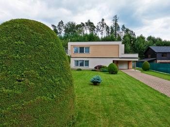 Prodej domu v osobním vlastnictví, 194 m2, Rožnov pod Radhoštěm