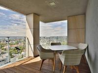 lodžie (Pronájem bytu 4+kk v osobním vlastnictví 116 m², Praha 4 - Nusle)