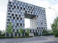 pohled na dům (Pronájem bytu 4+kk v osobním vlastnictví 129 m², Praha 4 - Nusle)