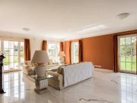 Pronájem domu v osobním vlastnictví 517 m², Jesenice